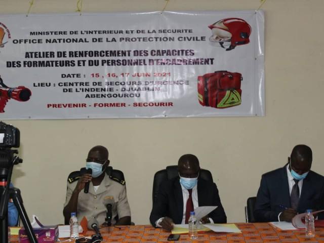 L'ONPC REPOND AU DEFI DE LA FORMATION DES POMPIERS CIVILS A ABENGOUROU